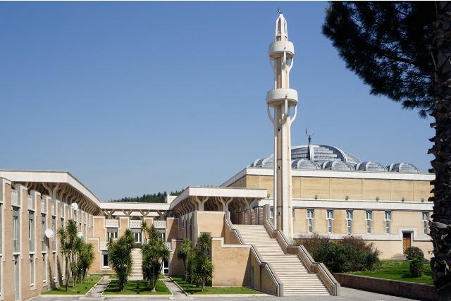 la Moschea di Forte Antenne, Roma