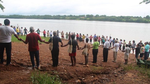 Manifestazione di solidarietà coi popoli di Amazzonia