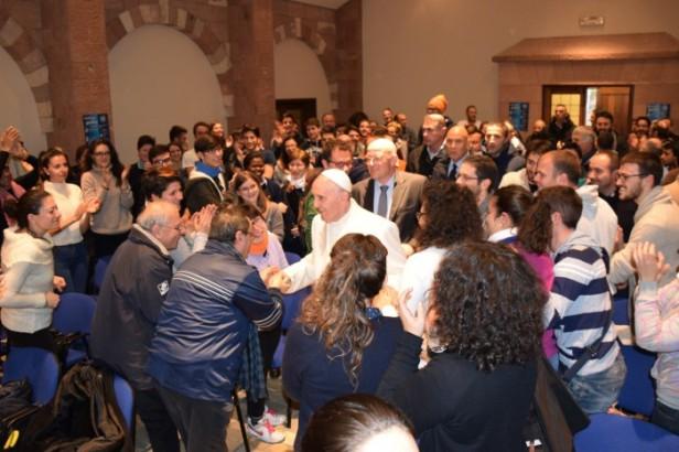 Un emozione grandissima, il papa al Meeting dei giovani di Greccio