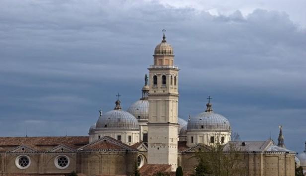 campanile della Basilica di Santa Giustina in Padova.