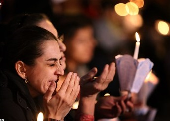 Pope writes Christmas letter to Middle East's persecuted Christians1