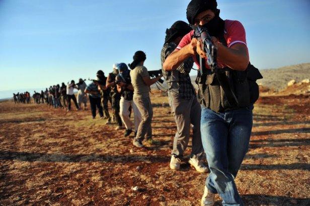 i jihadisti ottengono il pass per l'Italia