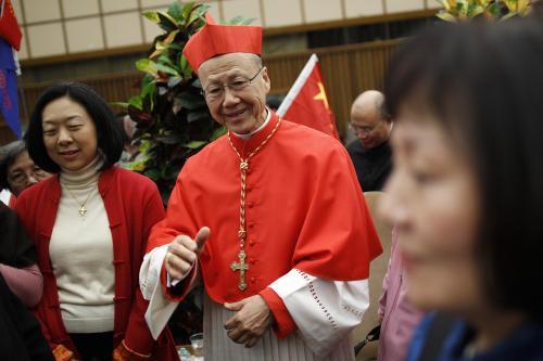 Il cardinale Tong - fermate la rimozione delle croci.