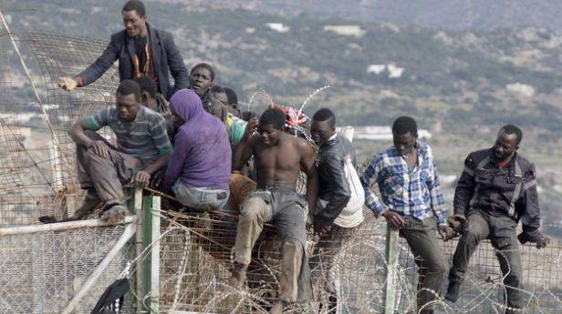 en el Mediterráneo, en Ceuta, en Calé o en Lampedusa, es otra página manchada de la historia.